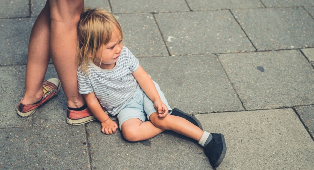 4 Strategies for Dealing with Tantrums in Public